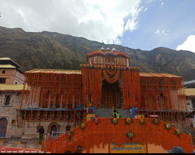 Badrinath Temple to reopen on May 15 at 4.30 AM
