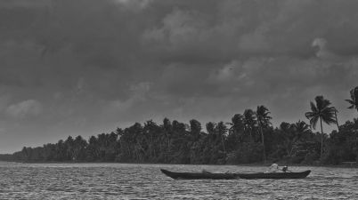 Monsoon Hits Kerala - झमाझम बारिश के साथ ही आज केरल में मानसून ने दस्तक दे दी है।