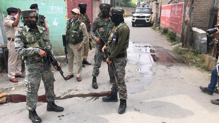 Jammu & Kashmir: Terrorists Attack Jammu & Kashmir Police party at Nowgam, 2 cops attained martyrdom