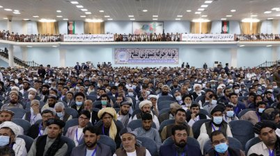 A traditional Afghan council concluded Sunday with hundreds of delegates agreeing to free 400 Taliban members, paving the way for an early start to negotiations between Afghanistan's warring sides.