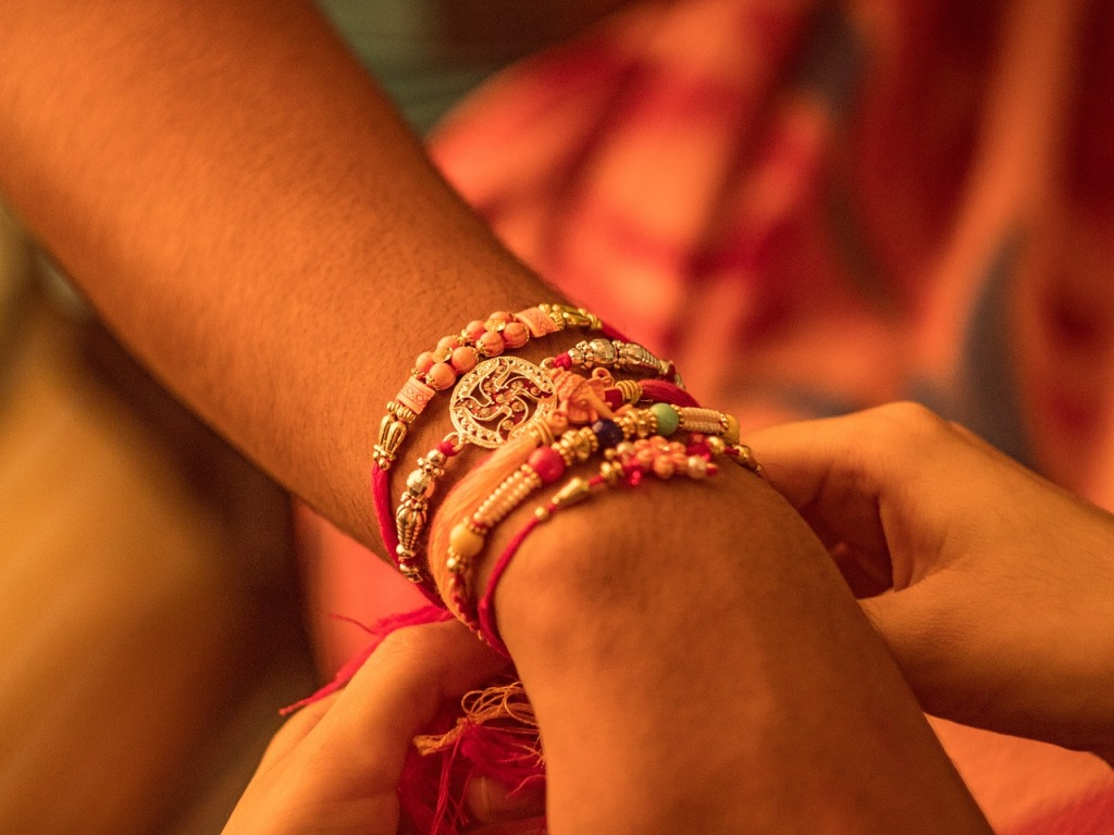 Raksha Bandhan 2020: Yogi government announced Free bus travel for women in UP on Rakhi ...