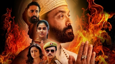 Ashram Review- 'आश्रम' मूवी रिव्यु