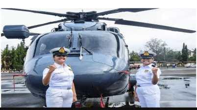 Women Officers Sub Lieutenant Kumudini Tyagi and Sub Lieutenant Riti Singh to join warship crew