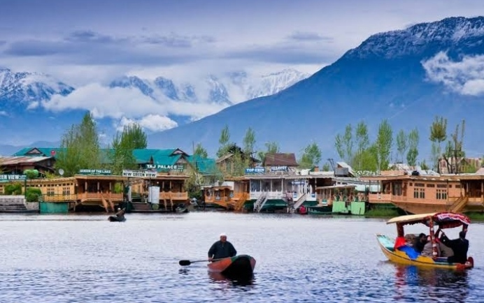 Jammu & Kashmir: Any Indian citizen can now buy land in Jammu and Kashmir