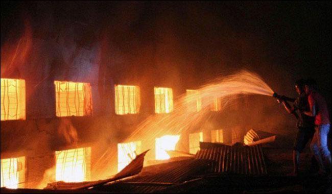 3 dead and many injured in firecracker factory blast in Kushinagar