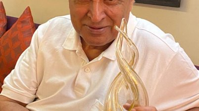 Legendary Poet and lyricist Javed Akhtar Files Defamation Case Against Kangana Ranaut