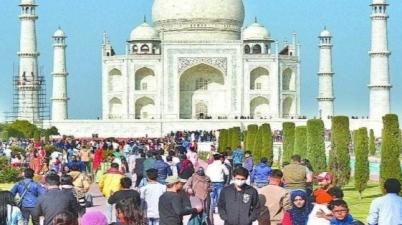 Taj Mahal is closed on New Year