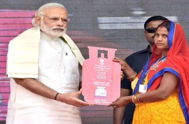PM Modi launches Ujjwala 2.0 (Pradhan Mantri Ujjwala Yojana (PMUY)