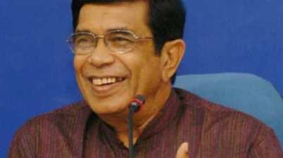 Congress Leader Oscar Fernandes Dies At 80